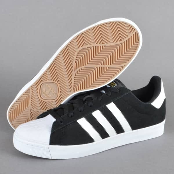 adidas skate superstar