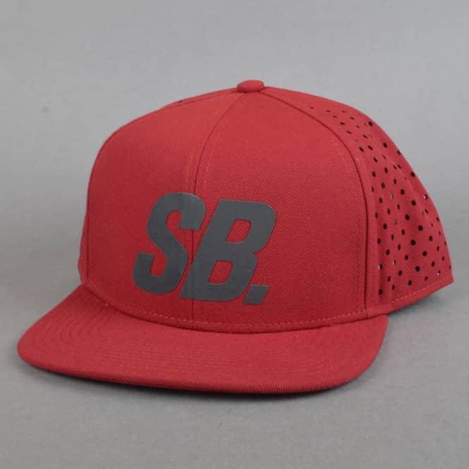 Nike SB Black Reflect Pro Trucker Cap - Team Red Black - SKATE ... e371af94cd8