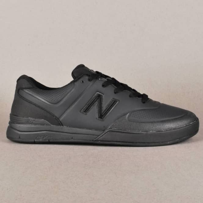 New Balance Numeric Logan 637 Skate Shoes - Black/Black