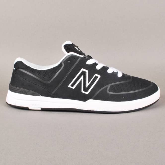 New Balance Numeric New Balance Numeric Logan 637 Skate Shoes - Black/White