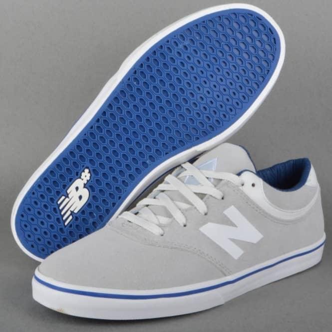 Quincy 254 Skate Shoes - White Suede Arto Saari