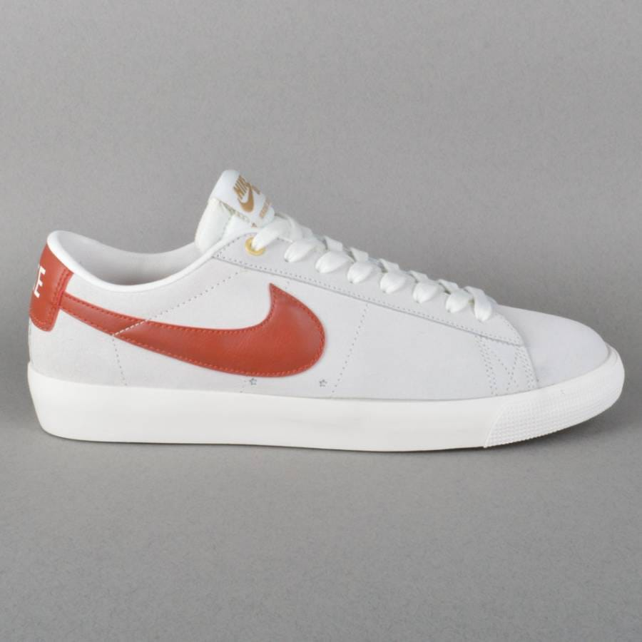 nike sb blazer low gt skate shoes ivory cinabar metallic. Black Bedroom Furniture Sets. Home Design Ideas