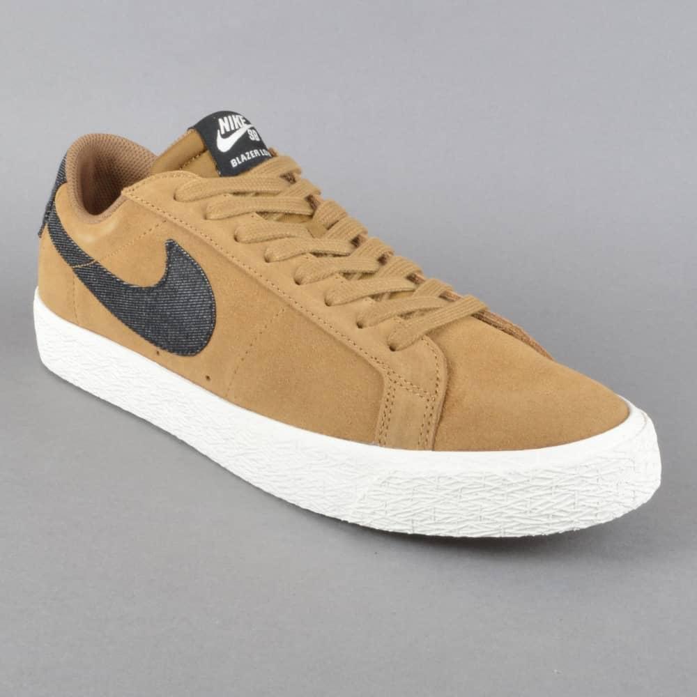 89ee4edb134 Nike SB Blazer Zoom Low Skate Shoes - Golden Beige Black-Sail ...