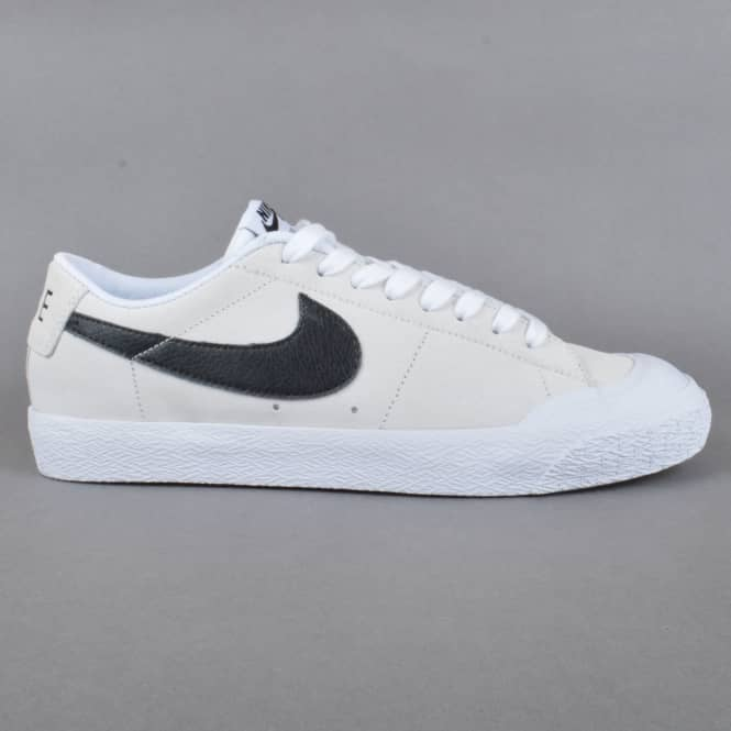 Nike SB Blazer Zoom Low XT Skate Shoes - Summit White/Black-White