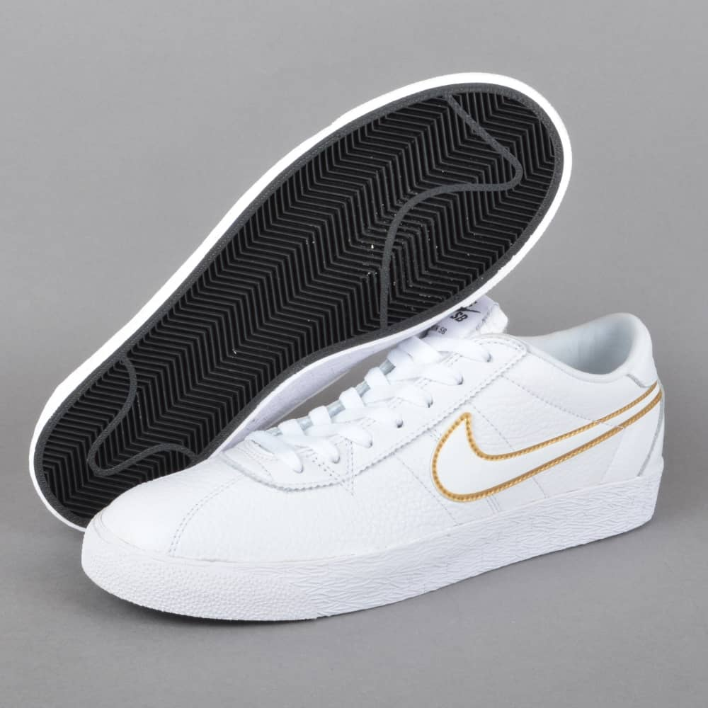 deficiencia sonido Crónica  Nike SB Bruin Zoom PRM SE Skate Shoes - White/White-Metallic Gold - SKATE  SHOES from Native Skate Store UK