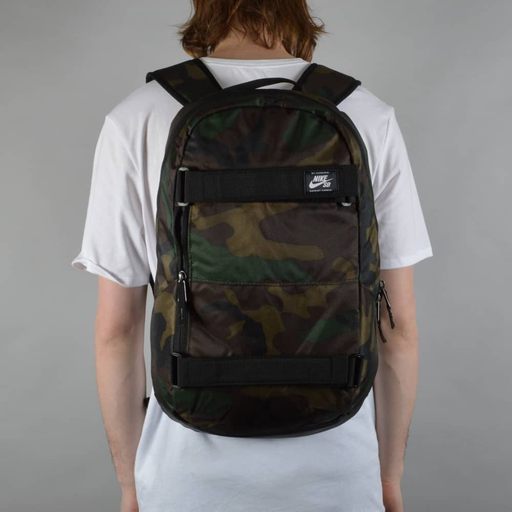 7c200cd089e Nike SB Courthouse Skate Backpack - Iguana Black White - ACCESSORIES ...