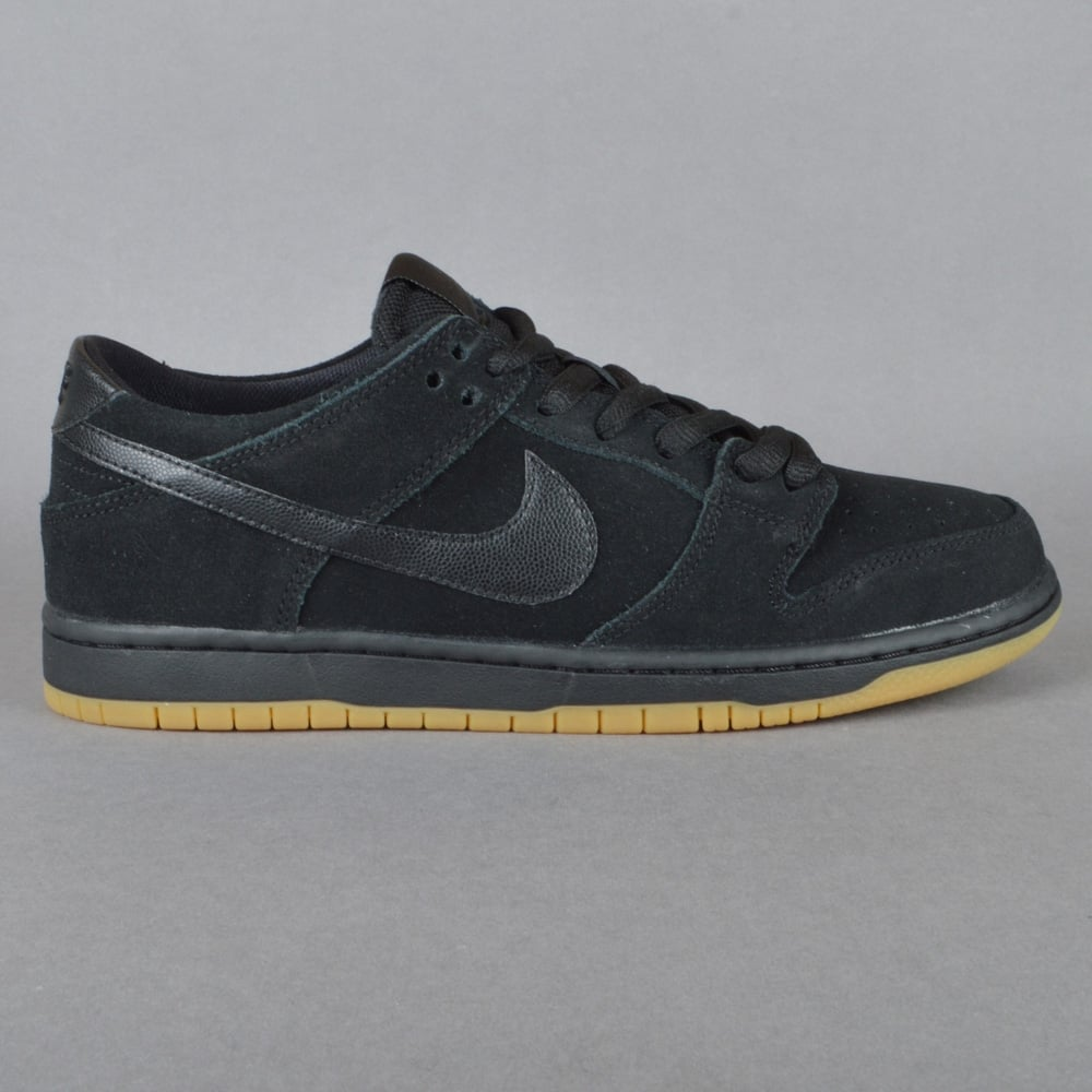 online retailer 7d923 3e3a2 Dunk Low Pro IW Skate Shoes - Black Black Gum-Light Brown