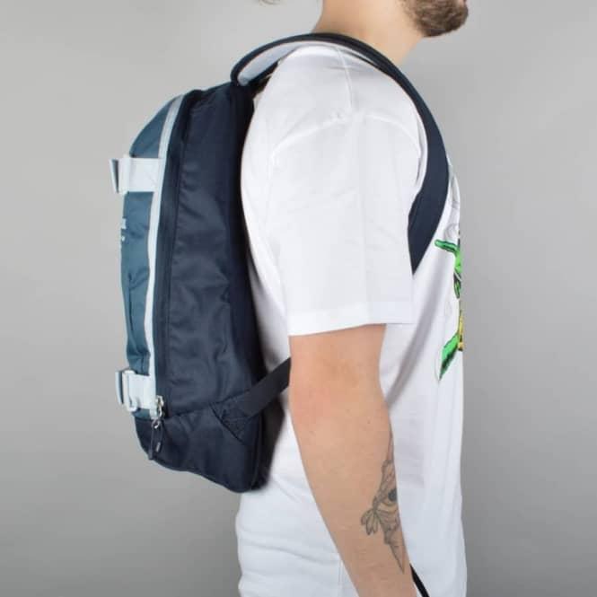 ce5bc5bc0071 Nike SB Embarca Medium Skate Backpack - Squadron Blue Dark Obsidian ...