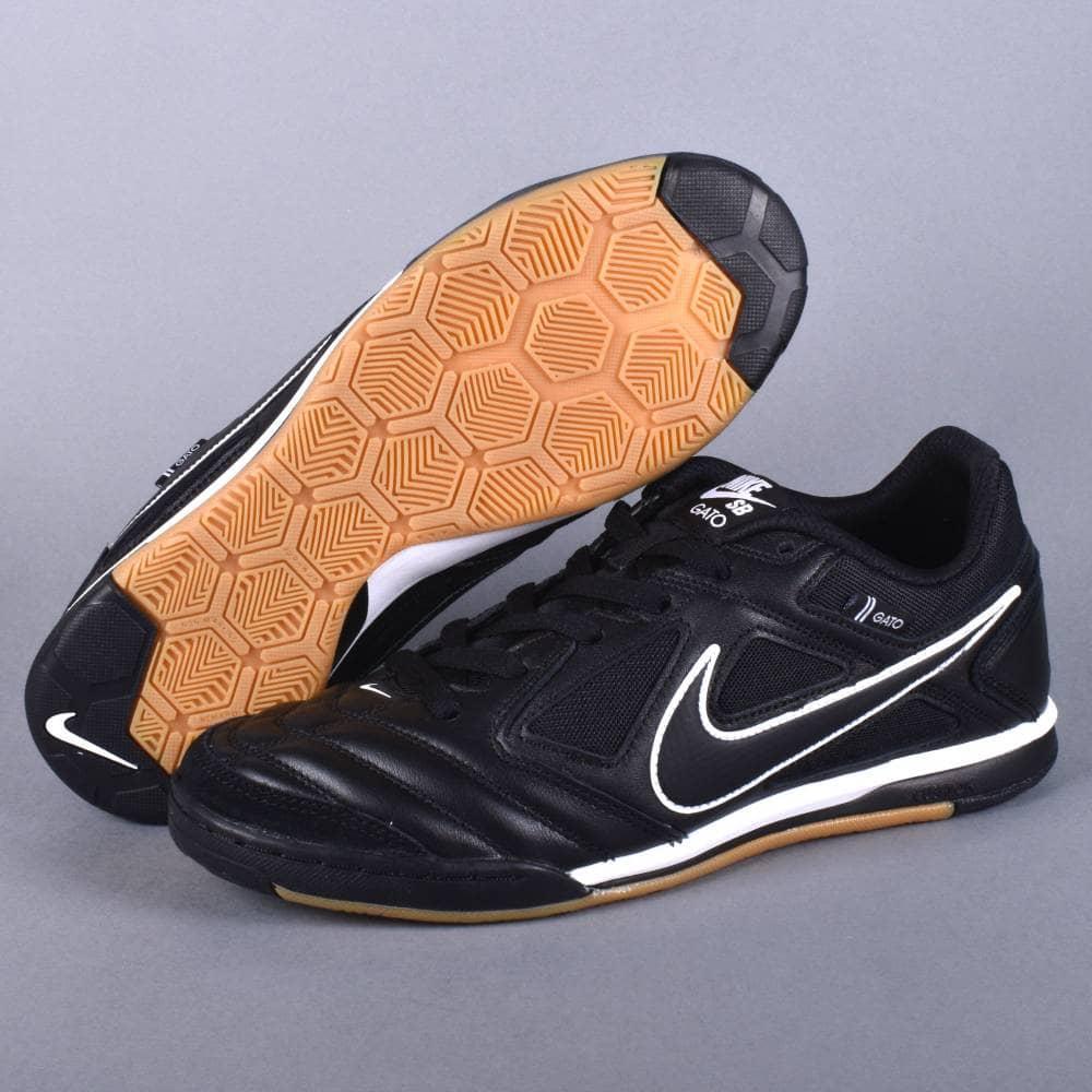 Nike SB Gato Skate Shoes - Black/Black