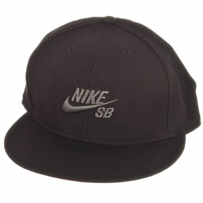 49d9a1e29caab Nike SB Icon Fitted Cap Black Black - Caps from Native Skate Store UK