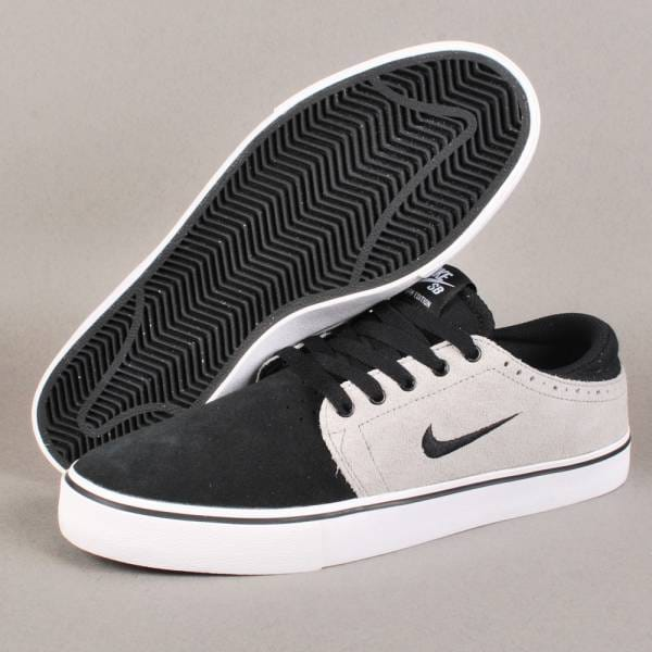 Nike Sb Black Shoes