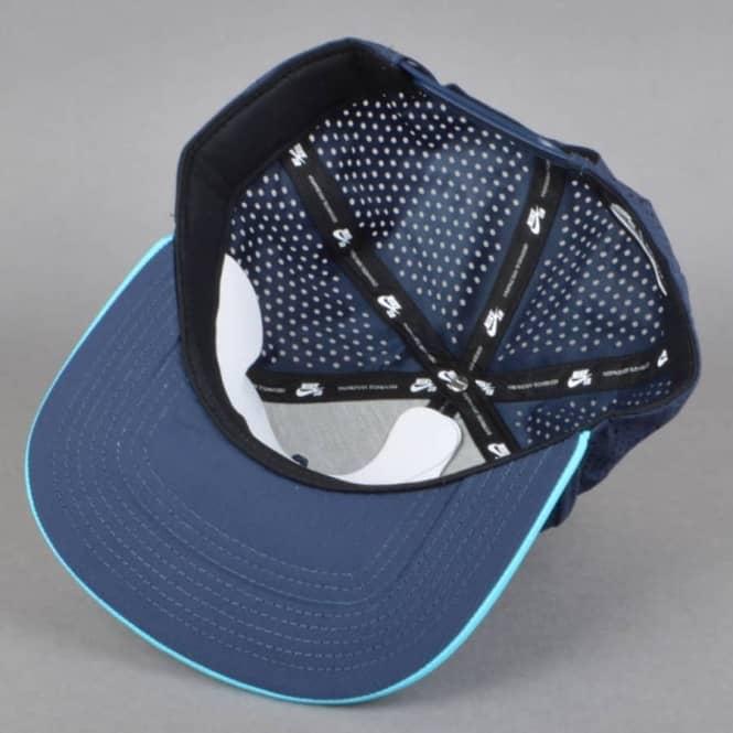 bfc66f4c7d6 Nike SB Performance Trucker Cap - Obsidian Omega Blue Black White ...