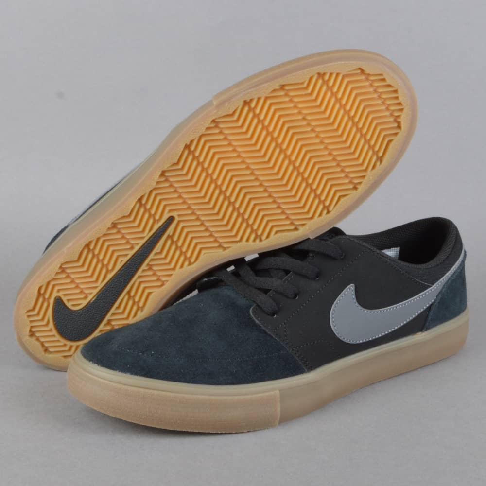 4c8c2437780f4 Portmore 2 Solar Skate Shoes - Black/Dark Grey