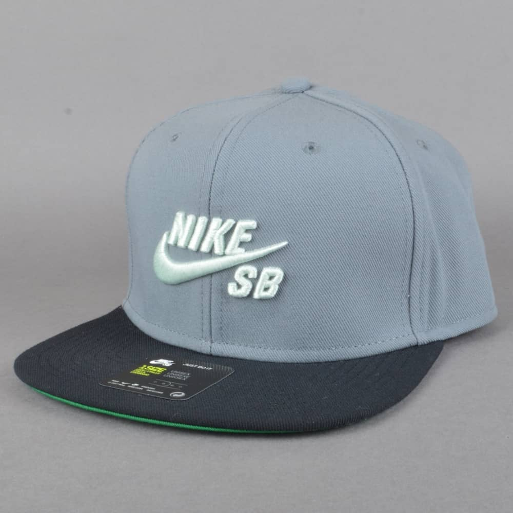 7a6471d8a Pro Snapback Cap - Cool Grey/Black/Pine Green/Barely Green