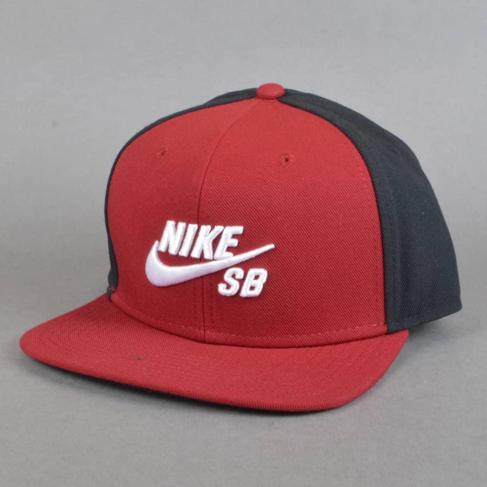 Nike SB Pro Snapback Cap - Team Red Black Black White - SKATE ... e7de34c81472