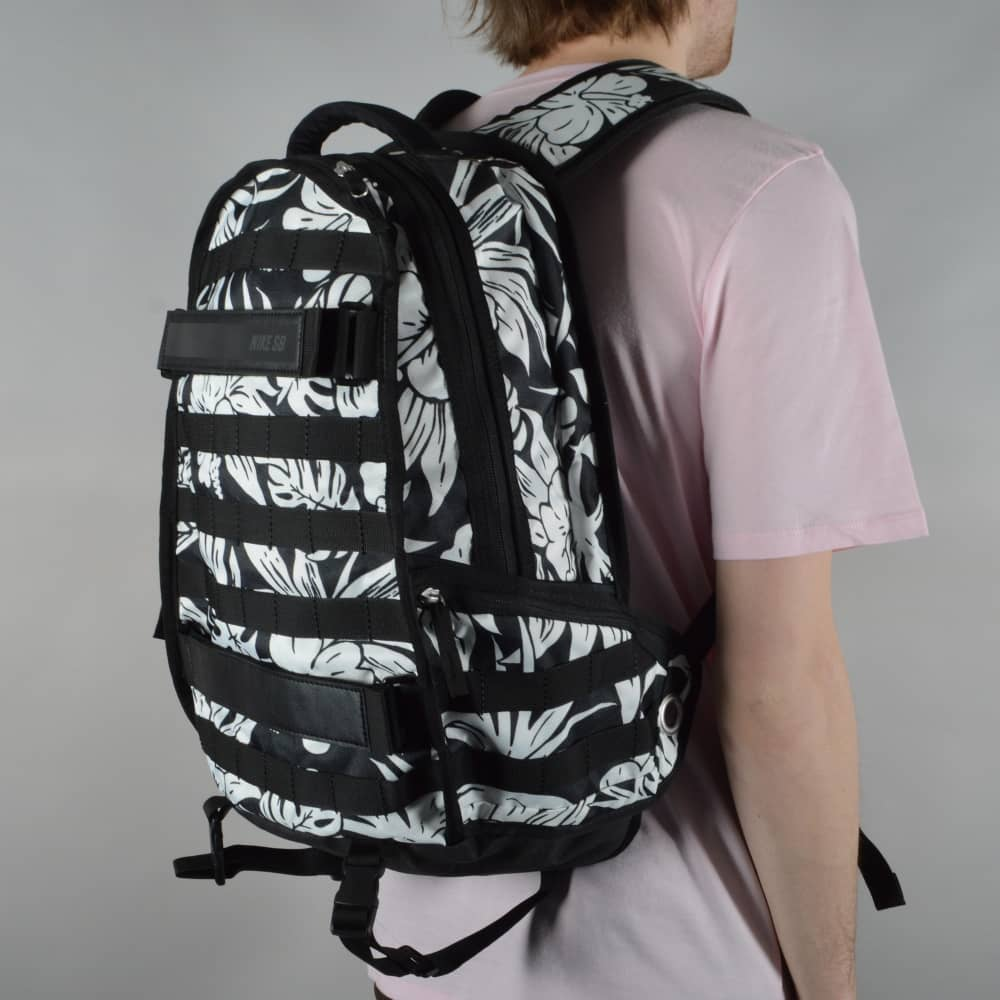 4950df9b Nike SB RPM Graphic Skate Backpack - Black/Black/Black - ACCESSORIES ...