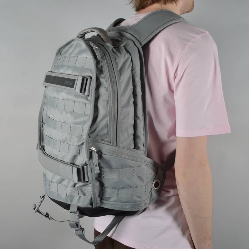 f4402fd6249e1f Nike SB RPM Skate Backpack - Dust Black Anthracite - ACCESSORIES ...