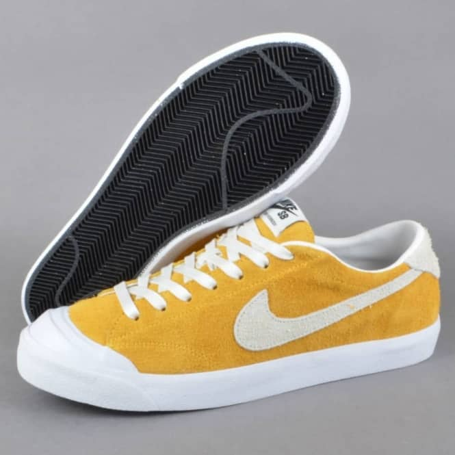 new concept 674bc 2eae0 Zoom All Court CK Skate Shoes - University Gold Summit White-Black