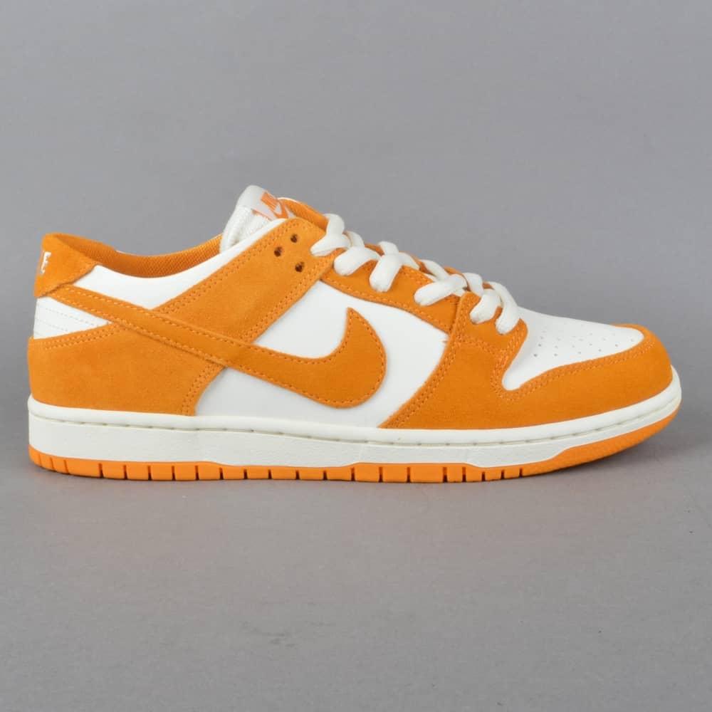 quality design 4da14 d9b9d Zoom Dunk Low Pro Skate Shoes - Circuit Orange Circuit Orange