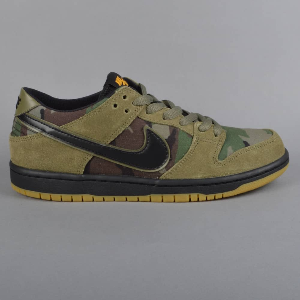 cb47e92b5ecd Zoom Dunk Low Pro Skate Shoes - Medium Olive Gum Light Brown University Gold