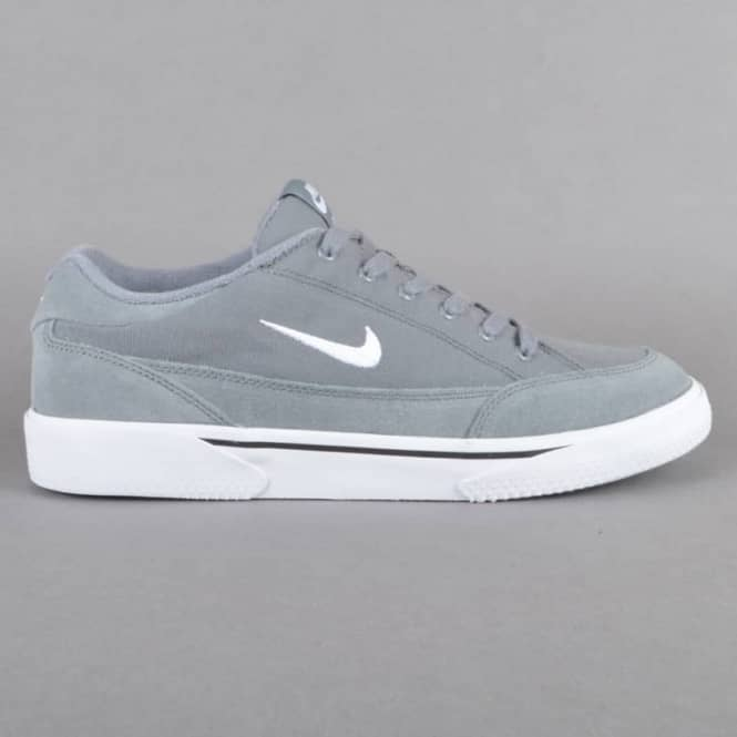 Nike   Skate Shoes On Sale