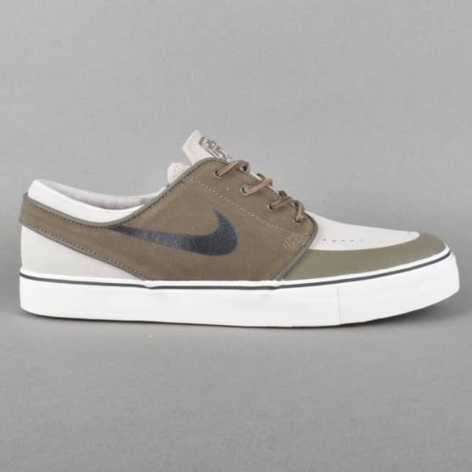 new concept d13d7 3eb7f Zoom Stefan Janoski PR SE Skate Shoes - Dark Dune Black-Light Bone Ivory