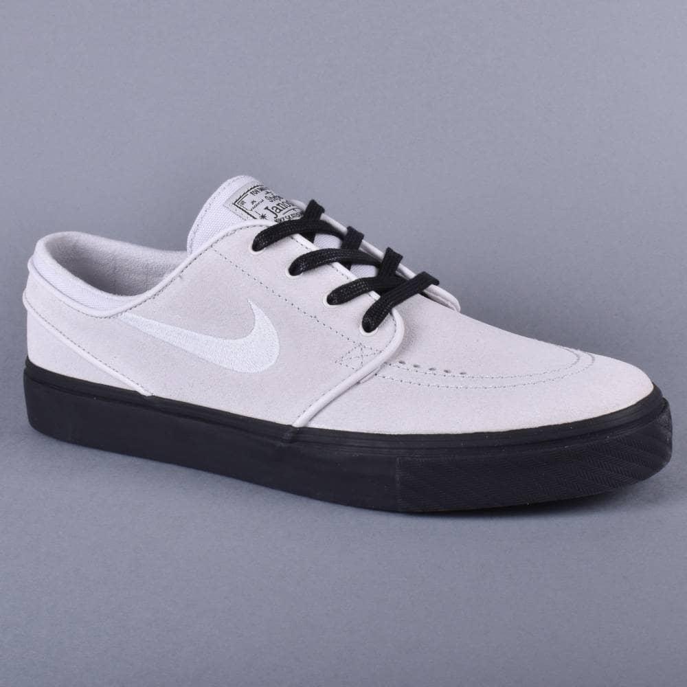 Nike SB Stefan Janoski Shoes Vast