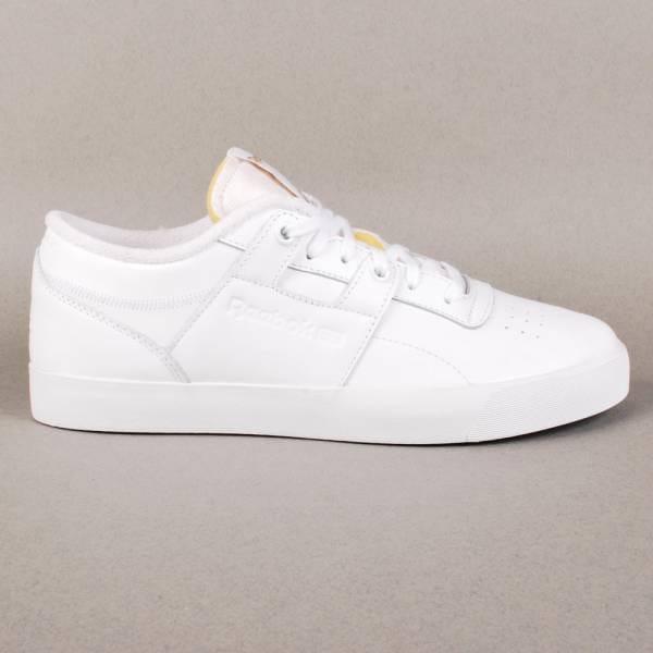 1dc45173557 Palace Skateboards Palace x Reebok Workout Low Clean FVS Skate Shoes ...