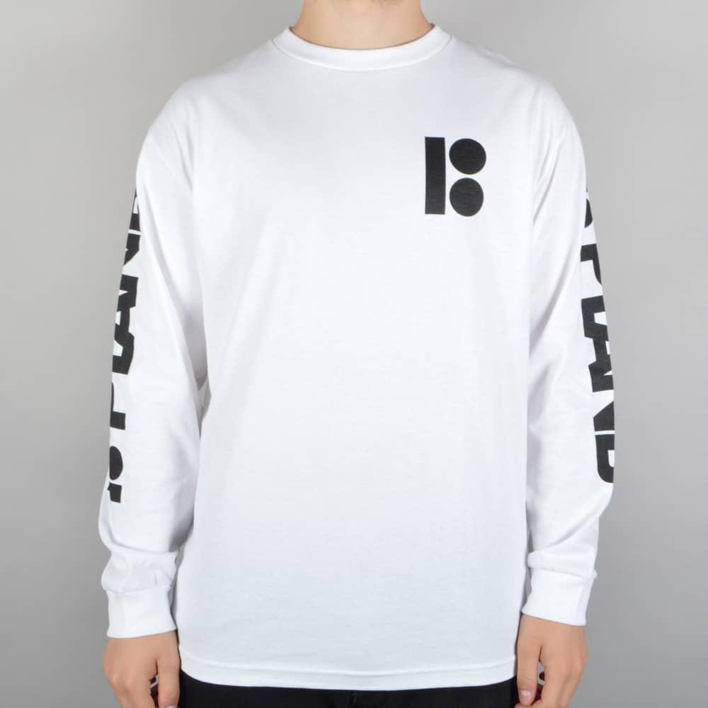 Skate clothing online