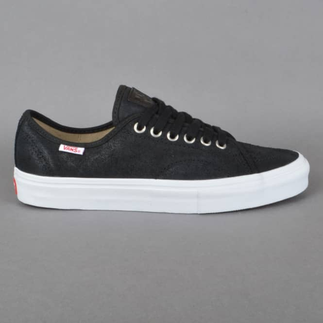 Vans AV Classic (Oiled Suede) Skate Shoes - Black/White