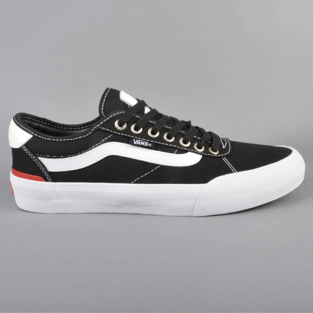 Chima Pro 2 Skate Shoes (Canvas) BlackWhite