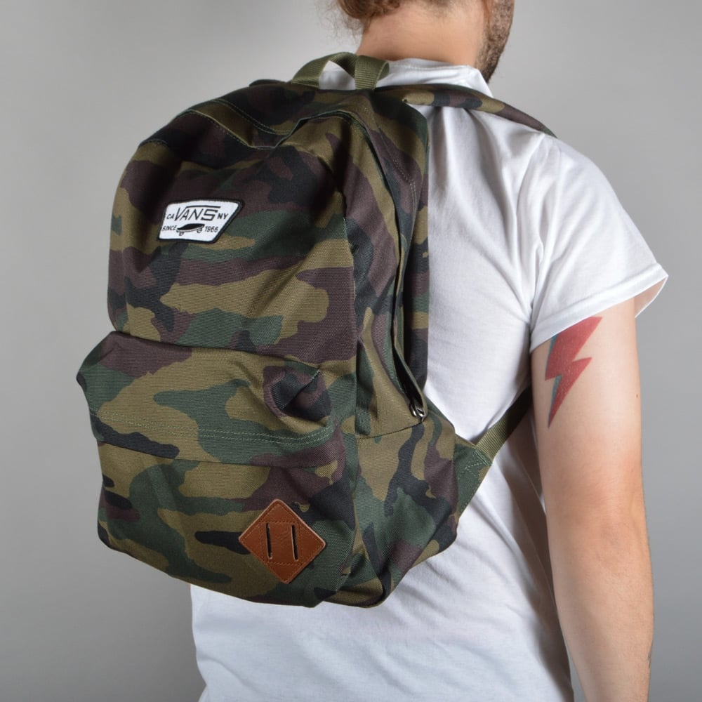 fda2331dbe4fc Vans Old Skool II Backpack - Classic Camo - ACCESSORIES from Native ...