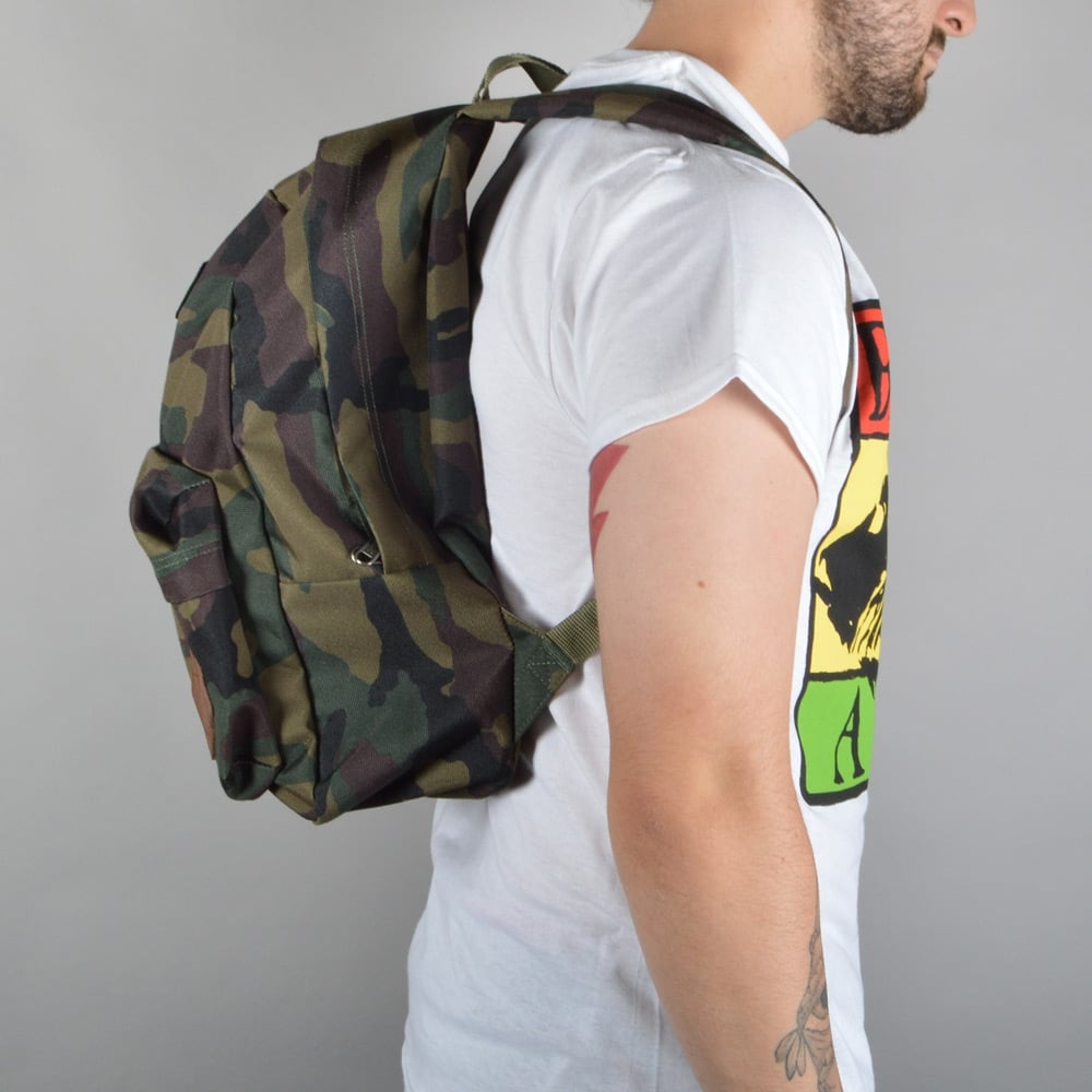 b20ea891077 Vans Old Skool II Backpack - Classic Camo - ACCESSORIES from Native ...